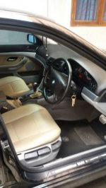 5 series: Dijual Mobil BMW 520i thn 2001