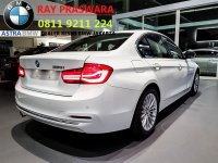3 series: PROMO NEW BMW 320I LUXURY 2018 BUNGA 0% BONUS TERBAIK DISKON BESAR (f30 bmw 320i luxury 2018.jpg)