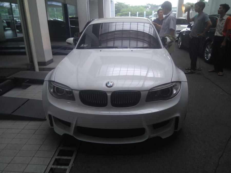 1 series bmw e82 1m coupe m t white rare unit. Black Bedroom Furniture Sets. Home Design Ideas
