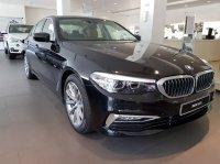 5 series: Flash Sale BMW 520i Luxury NIK 2018 (IMG_0446.JPG)