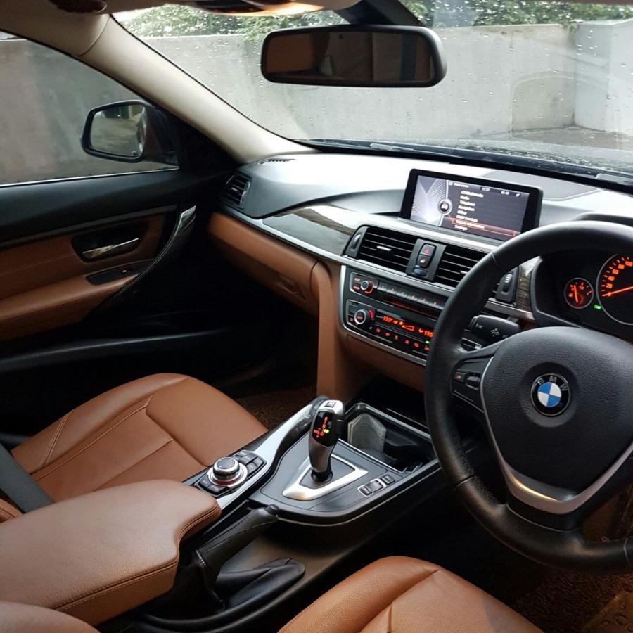3 series: BMW Seri 320i Luxury 2013 - MobilBekas.com on 2013 bmw 5 series, 2013 bmw 325i, 2013 bmw 328 series, 2013 bmw e39, 2013 bmw m3, 2013 bmw 335i, 2013 bmw 745i, 2013 bmw x3, 2013 bmw 1 series, 2013 bmw 330i, 2013 bmw 520i, 2013 bmw x6, 2013 bmw i320, 2013 bmw x5, 2013 bmw 535i gt xdrive, 2013 bmw 320xi, 2013 bmw 328i, 2013 bmw 3 series, 2013 bmw 318ci, 2013 bmw 4 series,