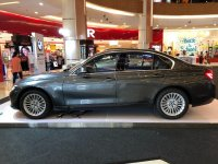 3 series: BMW 320i Luxury MIneral Grey NIK 18 (WhatsApp Image 2018-12-27 at 12.11.14.jpeg)