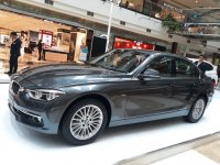3 series: Dealer Astra BMW Promo 320i Luxury 2018 Harga terbaik