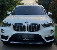 X series: BMW X1 sDrive18i xLine 2017 Putih (1.jpg)