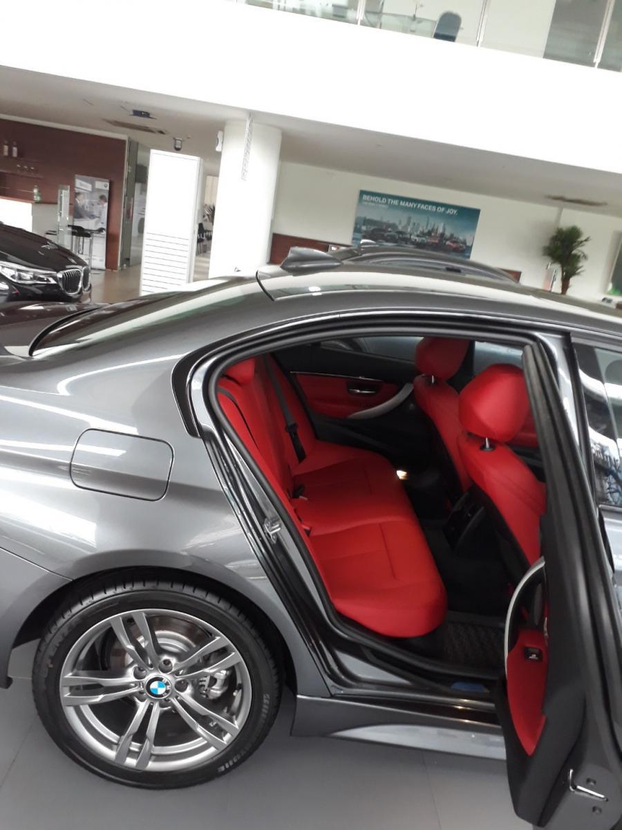 3 series: Astra BMW Promo 330i Msport NIK 2018 Harga ...