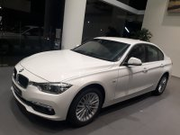 3 series: Info harga bmw 320i Luxury 2019 (20180816_182654-2064x1548-1444x1083.jpg)