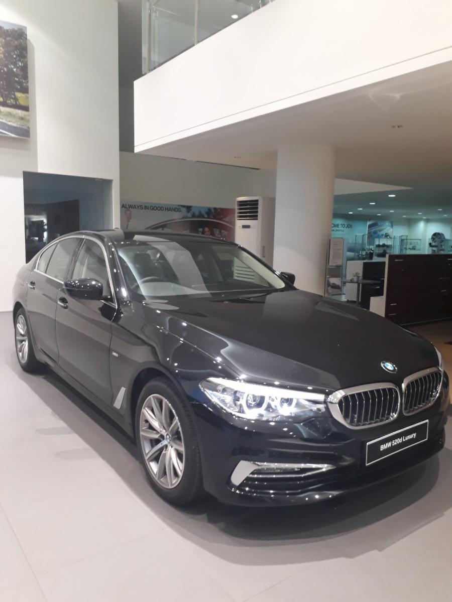5 series: Dealer BMW Astra Jakarta Promo BMW 520i Terbaik ...