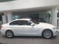 3 series: Promo BMW 320i Luxury 2019 (20181107_170914-2064x1548-1548x1161.jpg)
