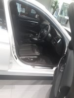 3 series: Promo BMW 320i Luxury 2019 (20181107_170935-1548x2064-1161x1548.jpg)