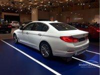 BMW 5 series: PROMO DP RENDAH 520I LUXURY 2019 (75199fcd-66dd-42ae-a04f-022631f1f2be-1161x870.jpg)
