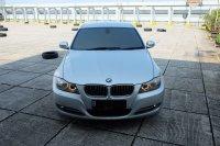 Jual 3 series: 2011 BMW 320i AT E90 LCI Executive Mobil Gress Antik TDP 75jt
