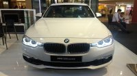 Jual 3 series: BMW 320i luxury alphine white 2018
