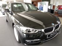 3 series: BMW 320i luxury baru dan termurah (IMG-20190116-WA0059.jpg)