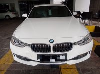 Jual 3 series: 320i Luxury BMW Premium Selection