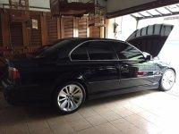 Jual 5 series: BMW 528i E39, mobil full orisinil ga pake kw, AC dingin, radiator baru