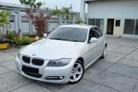 3 series: 2012 BMW 320i AT E90 LCI Executive Mobil Gress Antik TDP 57jt  (IMG_6100.JPG)