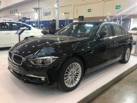 3 series: JUAL BMW SERI 320i LUXURY NIK 2018. BARANG BARU HARGA LAMA. (WhatsApp Image 2019-03-16 at 10.36.56 (2).jpeg)