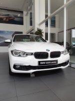 3 series: JUAL BMW SERI 320i LUXURY NIK 2018. BARANG BARU HARGA LAMA. (WhatsApp Image 2019-03-16 at 10.36.57 (3).jpeg)