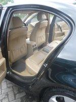 5 series: BMW 530i 2004 E60 Hitam Metalik Terawat Apik