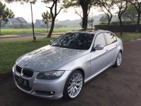 Jual 3 series: BMW 325i Silver Metalic 2010