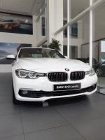Jual 3 series: DISKON SUPER BESAR!! BMW SERIE 320I LUXURY NIK 2018