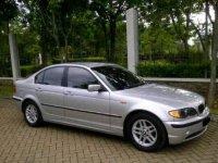 Jual 3 series: BMW 318i tahun 2002 matic silver