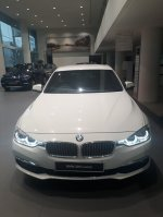 3 series: Harga BMW 320i Luxury 2019 DP 44 Juta All In