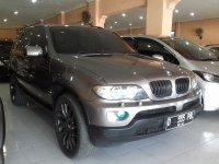 X series: BMW X5 30i AT Tahun 2004 Automatic (Kanan.jpg)