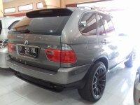 X series: BMW X5 30i AT Tahun 2004 Automatic (Belakang Kanan.jpg)