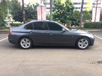 Jual 3 series: BMW 320i Sport 2014 grey