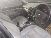 5 series: BMW 520i 2003 E39 AT Istimewa (6fc86a70-d327-4d60-9393-28836138b01a.jpg)