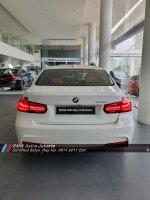 3 series: Diskon Besar BMW 330i M Sport Shadow 2019 Promo Stock Terakhir (WhatsApp Image 2019-12-16 at 16.20.41.jpg)
