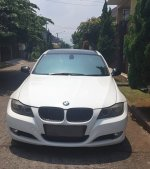 Jual 3 series: BMW 320i EXECUTIVE E90 FACELIFT LCI TAHUN 2011 PUTIH
