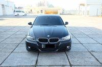 Jual 3 series: 2010 BMW 320i AT E90 LCI Executive Mobil Gress Antik TDP 56jt