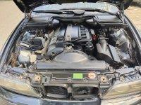 5 series: BMW 520i 2003 Mulus Terawat Istimewa (129f90a3-ad54-4abf-a2c2-8500994c01b4.jpg)