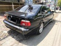 5 series: BMW 520i 2003 Mulus Terawat Istimewa (edeb8a47-1502-46d3-94f7-5eeddae3508d.jpg)