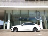 3 series: THE ALL NEW BMW 320i G20 NIK 2020 ALPHINE WHITE SERIE 3 (yourbmw_id_20200326_3.png)