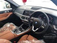 X series: BDG THE ALL NEW BMW X5 xDRIVE 40i xLINE G05 NIK 2020 ALPHINE WHITE. (gallery_new-car-mobil123-bmw-x-x5-xdrive40i-xline-suv-indonesia_1496866_N8AGU93jGfZo8b4UJ9G89G.jpg)