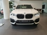 X series: BMW X3 sDrive 20i Kompetitor GLC Mercedes Benz