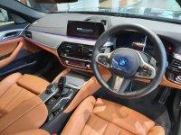 5 series: BMW 530i M Sport 2020 ID 7 Kompetitor E300 Mercedes Benz (20191128_165610.jpg)