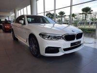 Jual 5 series: BMW 530i M Sport ID 7 2019 Kompetitor E300 Mercedes Benz
