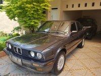 3 series: BMW 318i E30 M40 Tahun 1989 Black Metalic M/T Jogja (BMW E30.jpg)