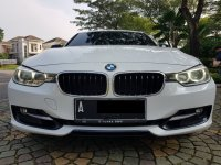 Jual 3 series: BMW 320i Sport AT 2014,Bergengsi Namun Sporty
