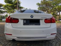 3 series: BMW 320i Sport AT 2014,Bergengsi Namun Sporty (WhatsApp Image 2020-07-01 at 08.34.04 (1).jpeg)