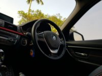 3 series: BMW 320i Sport AT 2014,Bergengsi Namun Sporty (WhatsApp Image 2020-07-01 at 08.34.02 (1).jpeg)