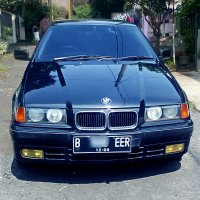 Jual 3 series: BMW 318i e36 Manual 1996 Hitam
