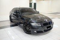 3 series: 2010 BMW 320i AT E90 LCI Executive Mobil Gress Antik TDP 91jt (40C4A72F-E413-4B47-80B6-C22A9503F014.jpeg)