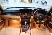 3 series: 2010 BMW 320i AT E90 LCI Executive Mobil Gress Antik TDP 91jt (56895EEF-6D5B-4F1F-A068-10FF589C07C9.jpeg)