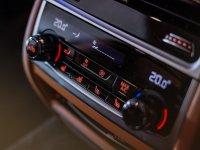 7 series: BMW 740Li Opulence 2020 Like New (16.jpeg)