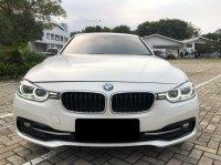 3 series: BMW 320i Sport AT Putih 2016 (WhatsApp Image 2021-04-13 at 15.27.55.jpeg)